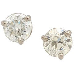 14 Karat White Gold Round Brilliant Cut Diamond Stud Earrings 1.93 Carat