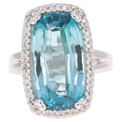 12.55 Carat Blue Zircon Diamond White Gold Ring 18 Karat White Gold Ring