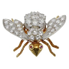 4.00 Carat H, VS White and Yellow Gold Bee Pin