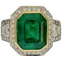 GIA Certified 5.13 Carat Colombian Emerald Cocktail Ring