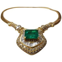 Enchantress Emerald and Diamond Necklace