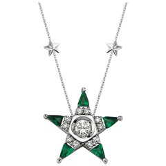 18 Karat White Gold Diamond Emerald Star Necklace