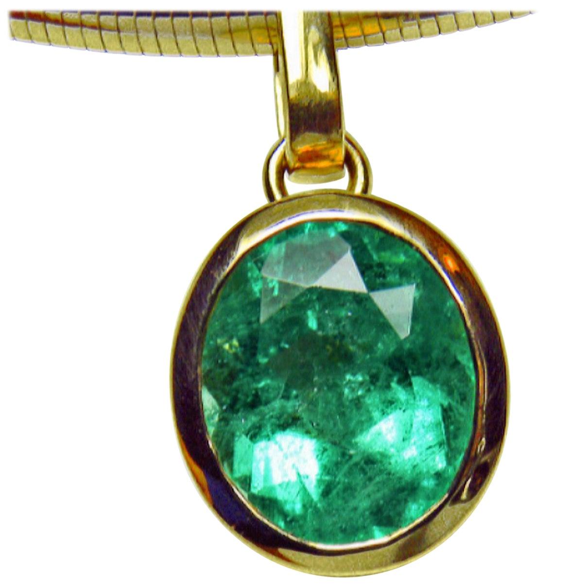 5.75 Carat Colombian Green Oval Emerald Solitaire Drop Pendant 18 Karat Gold