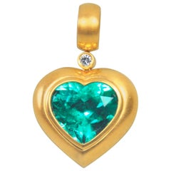 10.10 Carat Natural Colombian Emerald Guebelin Certified Gold Necklace Pendant