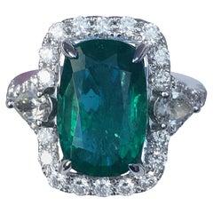 Emerald Diamond Ring Set in 18 Karat White Gold