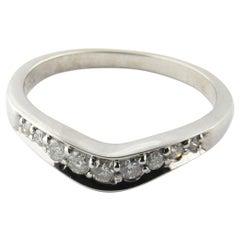 14 Karat White Gold Chevron Diamond Wedding Band