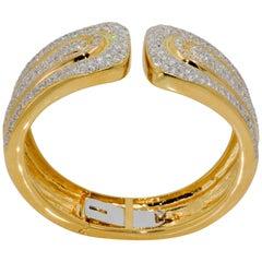 7.20 Carat Diamond 18 Karat Yellow Gold Cuff Bracelet