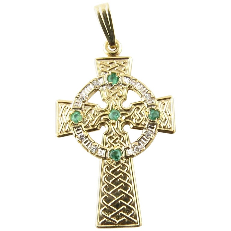 14 Karat Yellow Gold and Emerald Celtic Cross Pendant