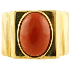 Red Coral Oval Shape 18 Karat Yellow Gold Ring