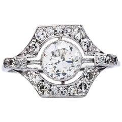 Art Deco 0.92 Carat Diamond Platinum Engagement Ring