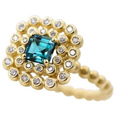 0.7 Carat Fine Green Tourmaline 0.28 Carat White Diamond Ring in 18 Karat Gold