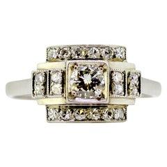 Antique French Art Deco Platinum Ladies Ring with Diamonds, circa 1920s