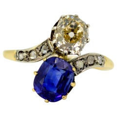 Art Deco 18 Karat Gold Ladies Ring with Diamond and Ceylon Sapphire, France