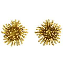 Tiffany & Co. 18 Karat Gold Ladies Clip on Earrings, London, Import 1995