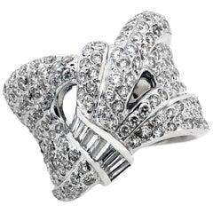 White Gold and Diamond Ribbon Style Fashion Ring