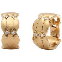 1990s Cartier Paris Quilt Pattern Diamond and Gold Half Hoop Earrings with Post
