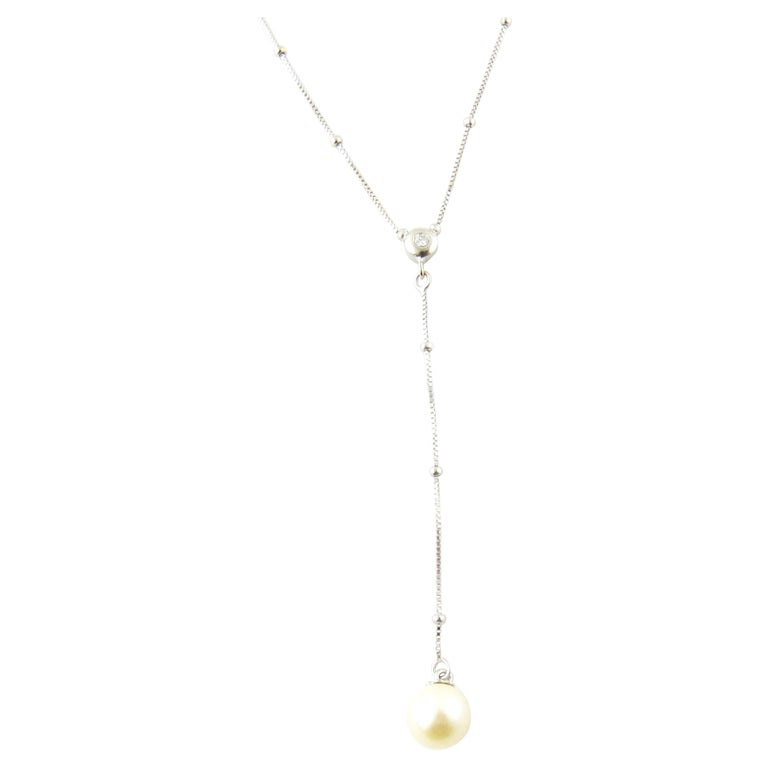 14 Karat White Gold Diamond and Pearl Drop Necklace