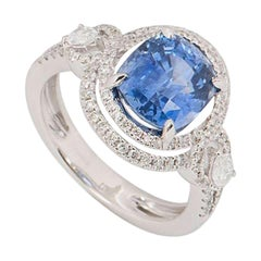 GCS Certified Diamond and Sapphire Cushion Cut Ring 3.74 Carat
