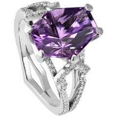 KATA 18Kt One-of-a-Kind Showpiece 2.78 Carat Amethyst and Diamond Cocktail Ring