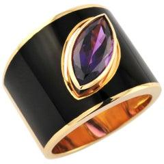 1,86 Carat Drop Shaped Amethist Black Enamel Plated Hafsa Ring