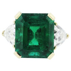 Certified Colombian Emerald 7.75ct & Diamonds 3-Stone Ring in 18ct Gold, Vintage