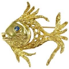 18 Karat Yellow Gold Angel Fish Brooch with Sapphire Eye