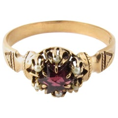 10 Karat Yellow Gold Amethyst and Seed Pearl Ring