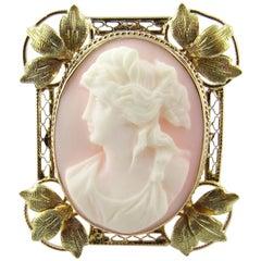 Antique Victorian 10 Karat Yellow Gold Cameo Pendant or Brooch