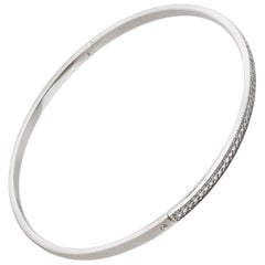 Solid 14 Karat White Gold Closed Bracelet With 65 (0,33 Carat Total) Diamonds