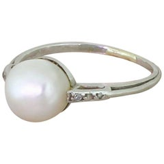 Art Deco Natural Saltwater Pearl 18 Karat White Gold Solitaire Ring