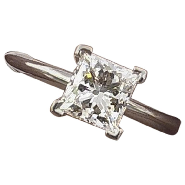Tiffany & Co. Platinum Diamond Engagement Ring Princess 0.71 Carat E VS1