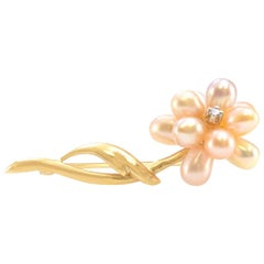 Solid 14 Karat Yellow Gold Pearl and Diamond Flower Pin 2.5g