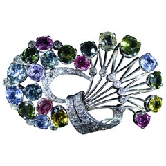 18 Karat White Gold Vibrant Pastel Style Brooch Set with Multicolor Sapphires