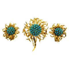 Cartier Paris 18 Karat Yellow Gold Turquoise Flower Brooch and Earrings Set