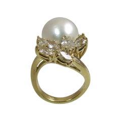 18 Karat Yellow Gold South Sea Pearl and Diamond Ring