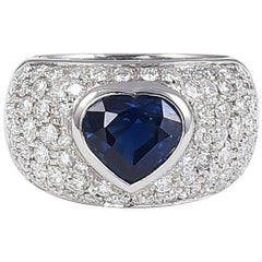 18 Karat White Gold Band with Heart Cut Sapphire and Pavè Diamonds