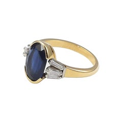 1950s Retro Engagement Sapphire Ring with Diamonds in 18 Karat Gold