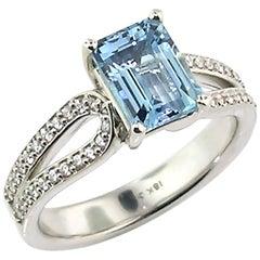 18 Karat White Gold and Diamond Custom Ring with 1.63 Carat Aquamarine