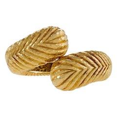 David Webb Gold Crossover Bracelet Cuff