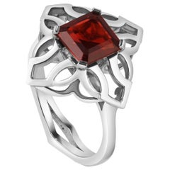 Kata 18k White Gold Mozambique Garnet Dress Ring