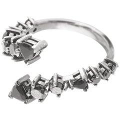 18 Karat Gold and 1.51 Carat Black Diamond and Onyx Lasso Ring by Alessa Jewelry