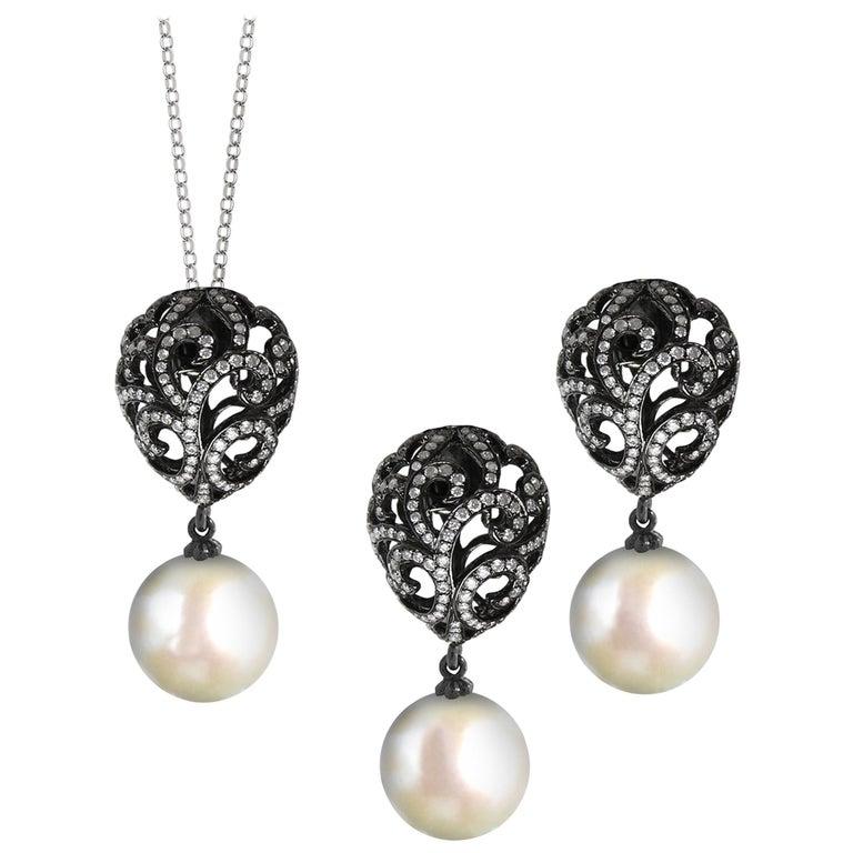 Fei Liu Diamond Small Filigree Egg 18 Karat White Gold with Pearl Drop Set