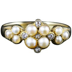 Antique Victorian Pearl and Diamond Ring 18 Carat Yellow Gold, circa 1860