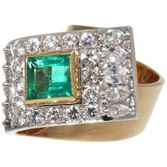 Retro Emerald Diamond Gold Buckle Ring
