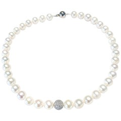 1.80 Carat Diamond Ball 18 Karat White Gold Tresor Fresh Water Pearl Necklace