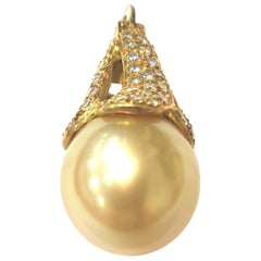 18 Karat Yellow Gold, Diamond and Golden South Sea Pearl Enhancer