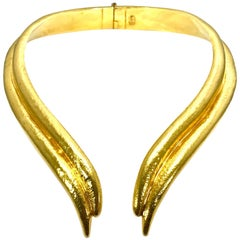 Zolotas Handcrafted 22Kt Flexible Hinged Collar Necklace in Original Neck Folder