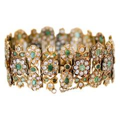 Natural Emerald, Diamond Paste and 18 Karat Yellow Gold Link Bracelet