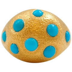 Turquoises 22 Karat Gold Hammered Ring