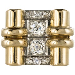 1940s Retro 0.60 Carat Diamond Yellow Gold Windings Tank Ring